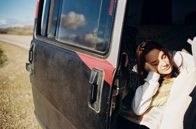 Lea sleep van